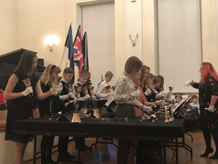 Esinemine kelladekooli jõulukontserdil